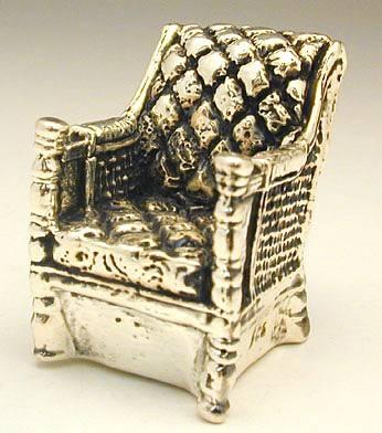 כסא נוח מיניאטורה מכסף טהור