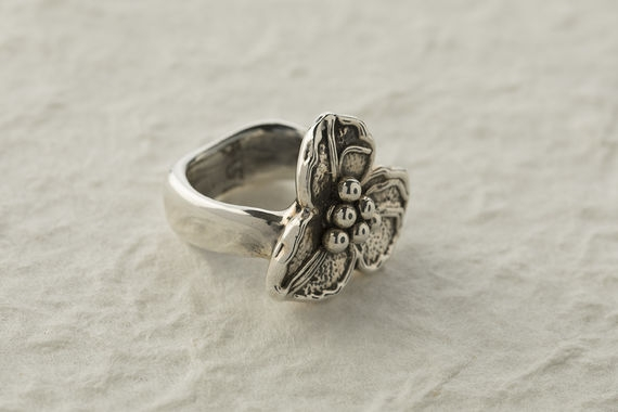 Silver Small Flower Ring