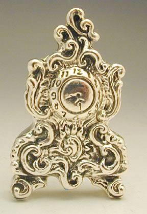 שעון עתיק מיניאטורה מכסף טהור