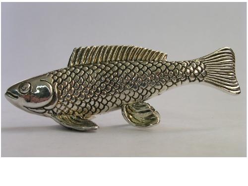 דג יפה מכסף טהור