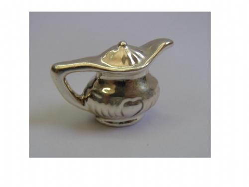 כלי לתה מיניאטורה מכסף טהור